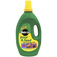 Miracle-Gro  Pour & Feed Ready to Use Plant Food - 3 Litre